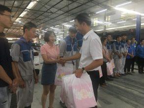 AHCOM Việt Nam trao quà trung thu
