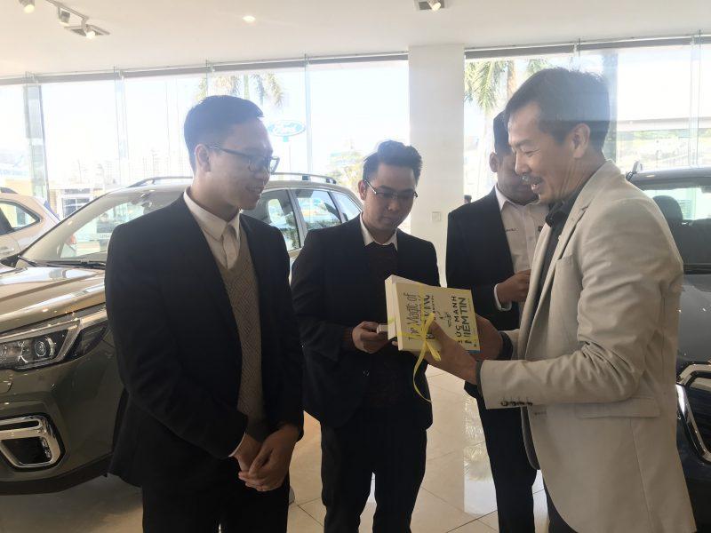 ahcom-tang-sach-khai-xuan-2020-16